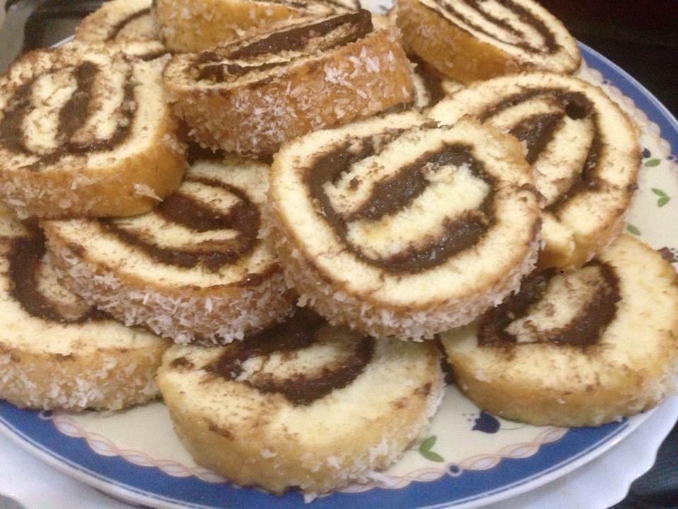 أناقة مغربية كيك رولي رائع و سهل التحضير Food Desserts Cookies