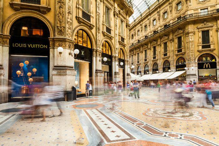 Resultado de imagem para Milan Luxury Shops