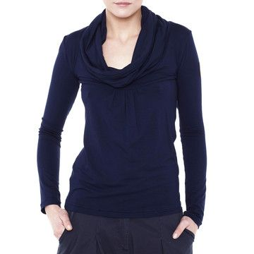 Love this cowl neck top. Luckily I nabbed the last one. Tania Long-Sleeve Top Navy, 19€, now featured on Fab.