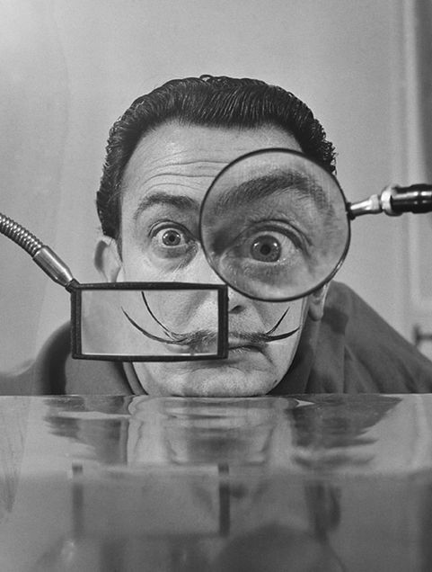 Salvador Dali photo by Willy Rizzo