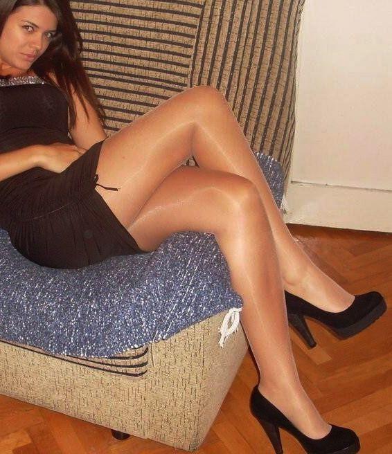 pantyhose and heels links