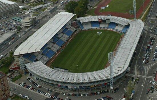 Stadium Balaidos Vigo Spain By Jenaro De La Fuente Alvarez Estadio Futebol Futebol Esportes Coletivos