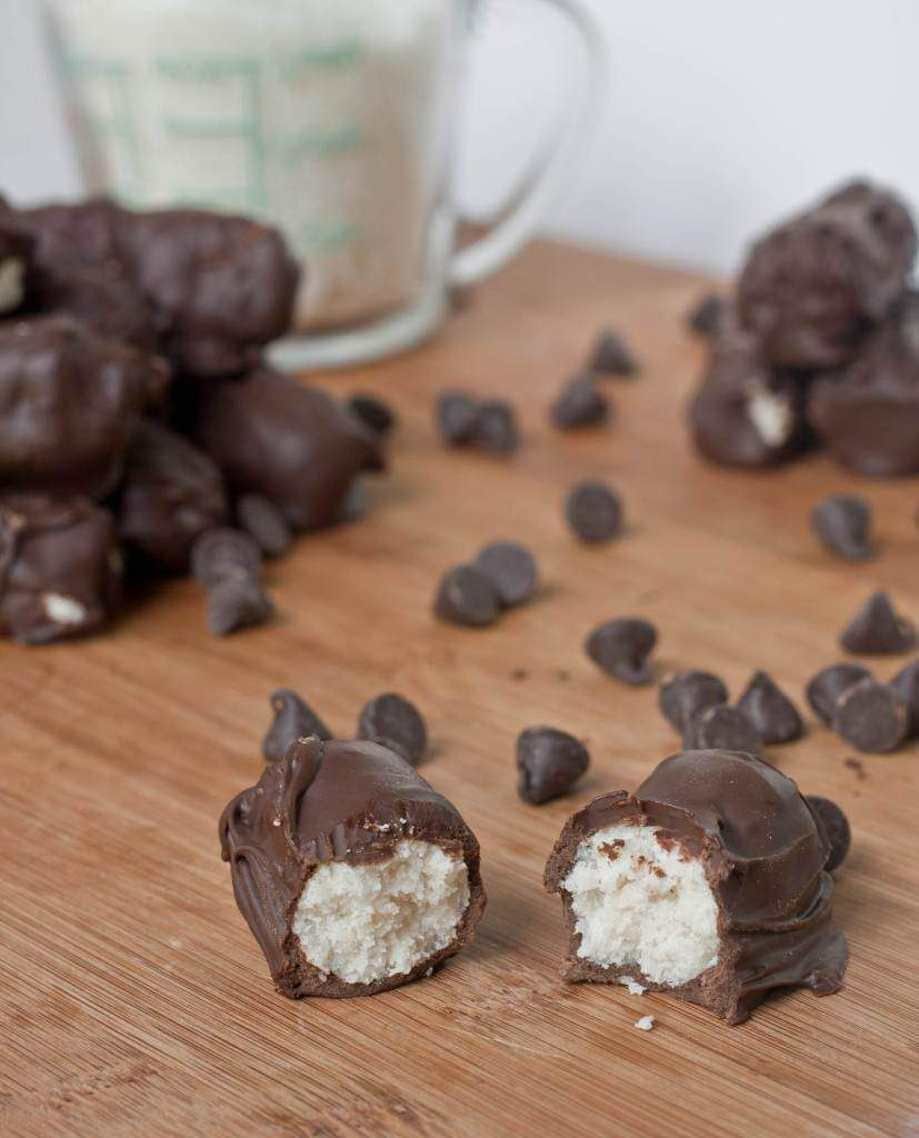 What Do You Say About These Halloween Candy Ideas? - Homemade Mounds Bar