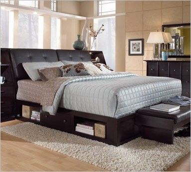 Delightful Broyhill Perspectives 4444 Upholstered Bed With Storage