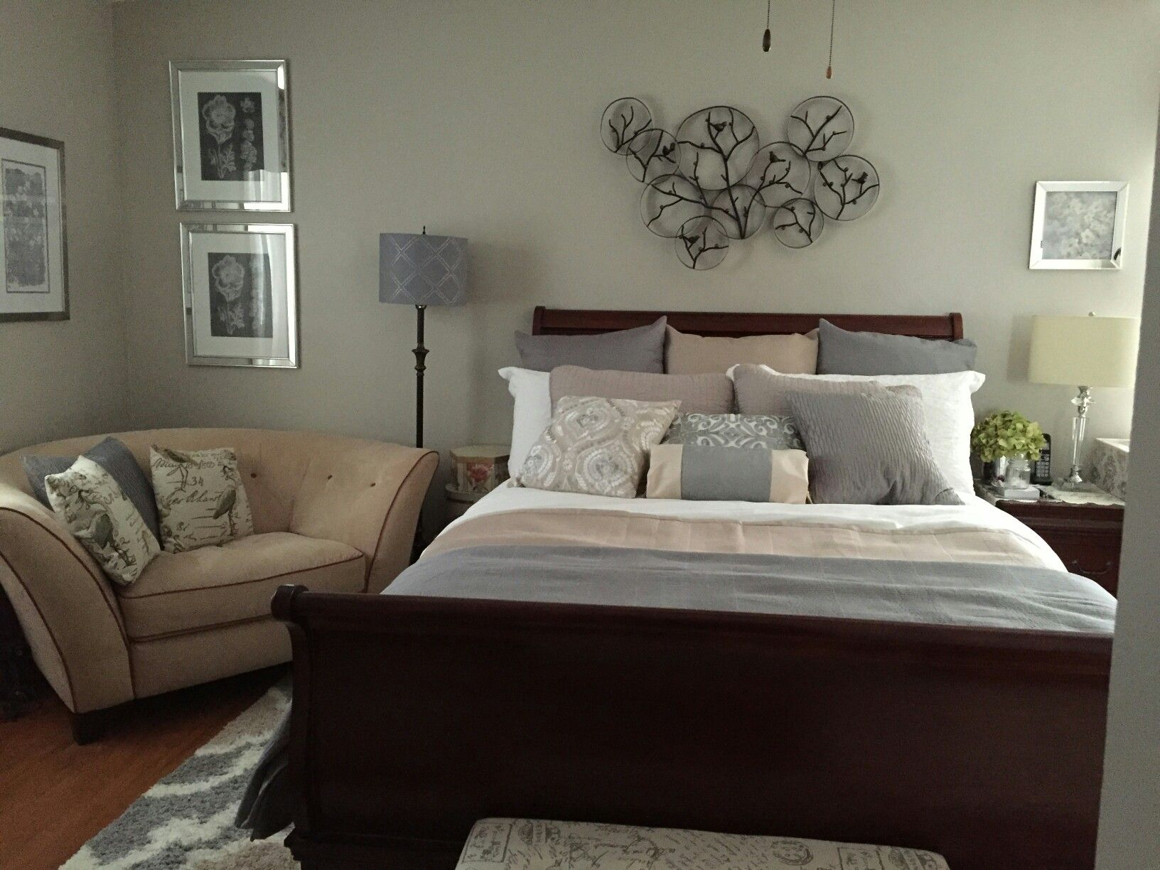 Grey/white/beige bed laying Beige pillows, Bed pillow