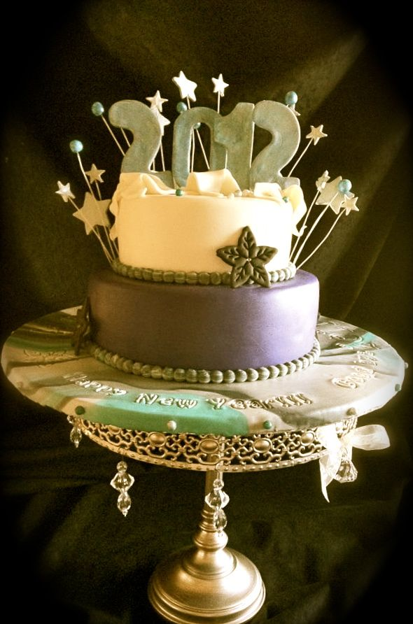 New Years Eve Cake | New years eve dessert, Cake, Holiday ...