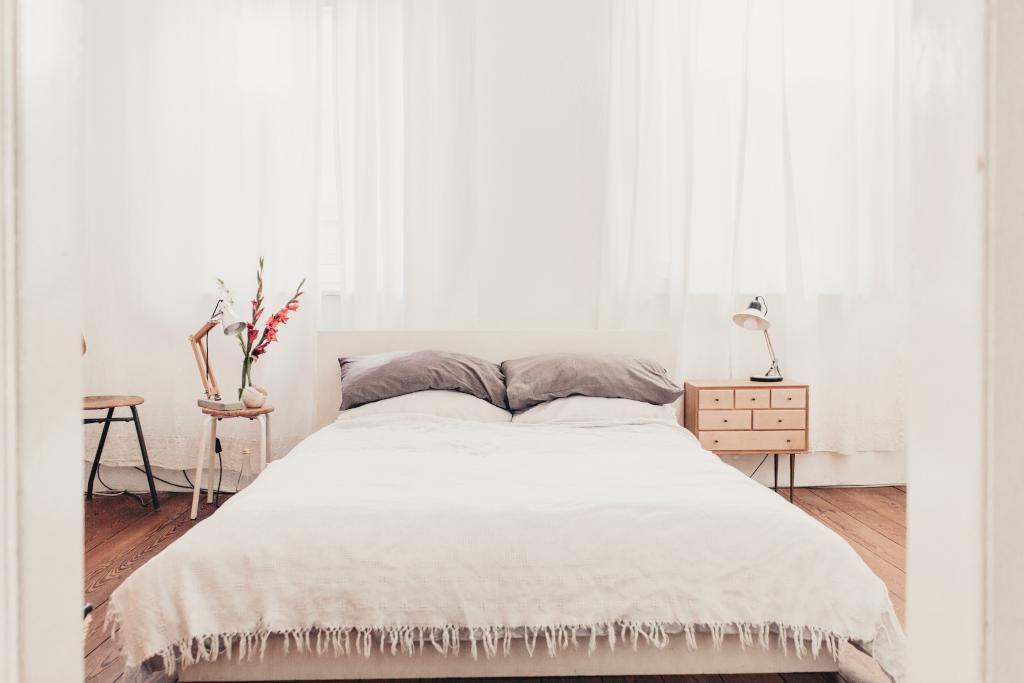 Ein sehr schönes Schlafzimmer! Sehr dezent, aber stilbewusst mit