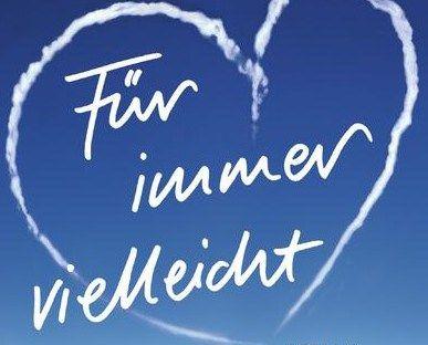 """FÜR IMMER VIELLEICHT VON CECELIA AHERN Cecelia Ahern schreibt große Liebes-Romane mit Hintergedanken. Bei """"P.S. Ich liebe dich"""", wo der verstorbene Ehemann Briefe nach seinem Tod an seine Frau verschickt, geht es um die erfüllte Liebe.  Bei """"Für immer vielleicht"""" um die große Jugendliebe. Der Glaube, dass wenn man mit seiner großen Jugendliebe zusammen sein soll, dann wird es auch irgendwann passieren."""