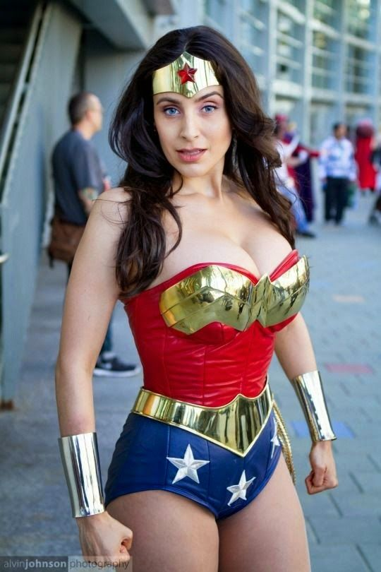Dem Hot Cosplay Of The Day Sexy Wonder Woman  Sexy -1327
