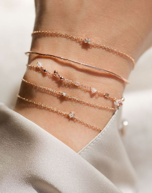 Dainty rose gold bracelet - Dainty rose gold bracelet - #armband #bohoje ..., #accessor ...  #accessor #armband #bohoje #Bracelet #Dainty #DaintyJewelry #diysilvernecklake #finejewelry #Gold