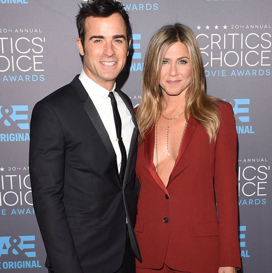 Finally Jennifer Aniston And Justin Theroux Tie The Knot Get All The Wedding Details Toofab Com Jennifer Aniston Jennifer Aniston Photos Justin Theroux