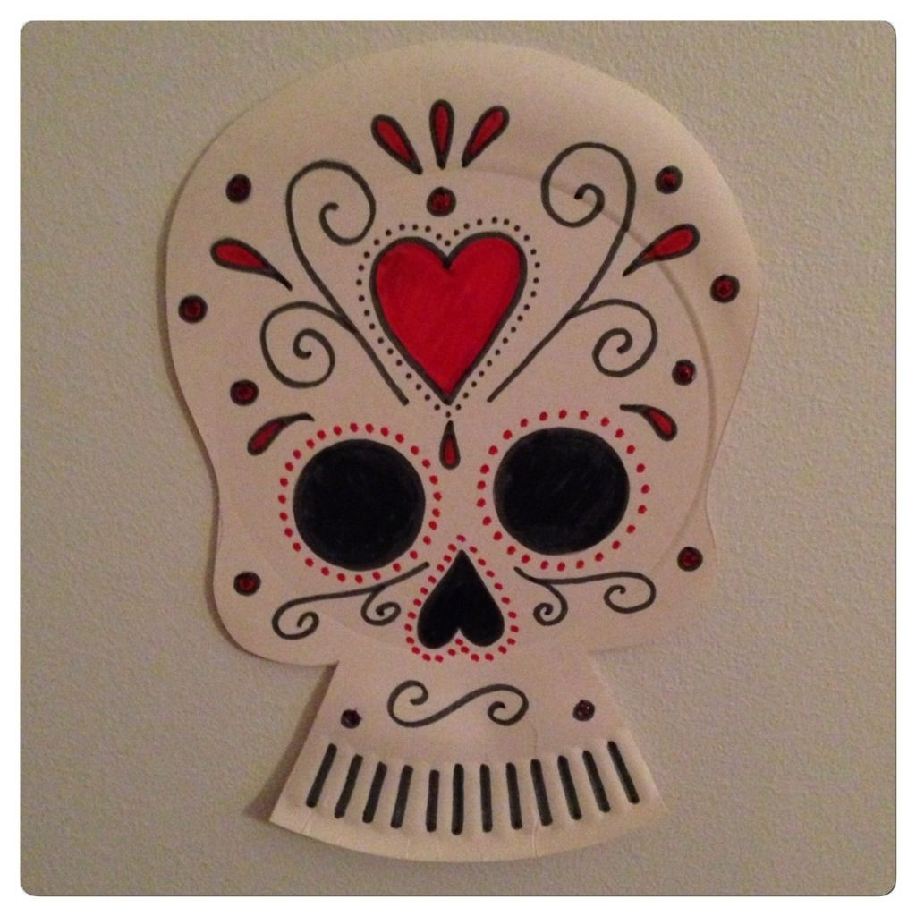 Day of the dead skull from paperplate.