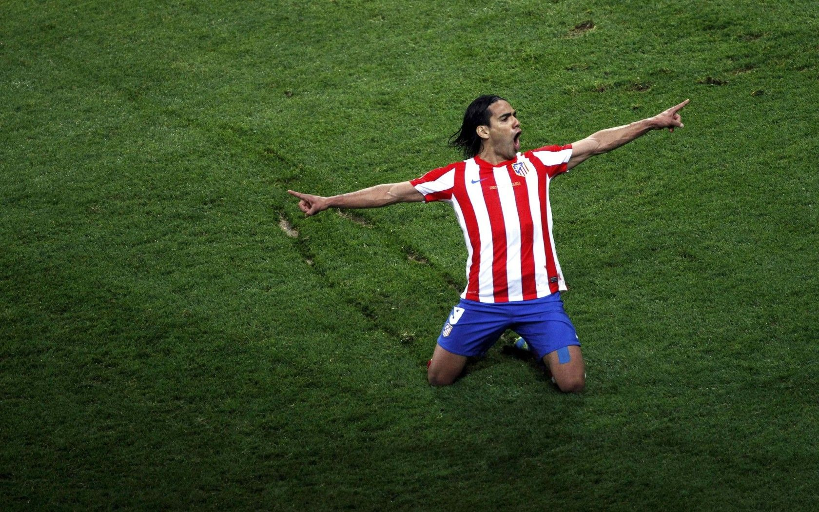Radamel Falcao - The Colombian Leopard