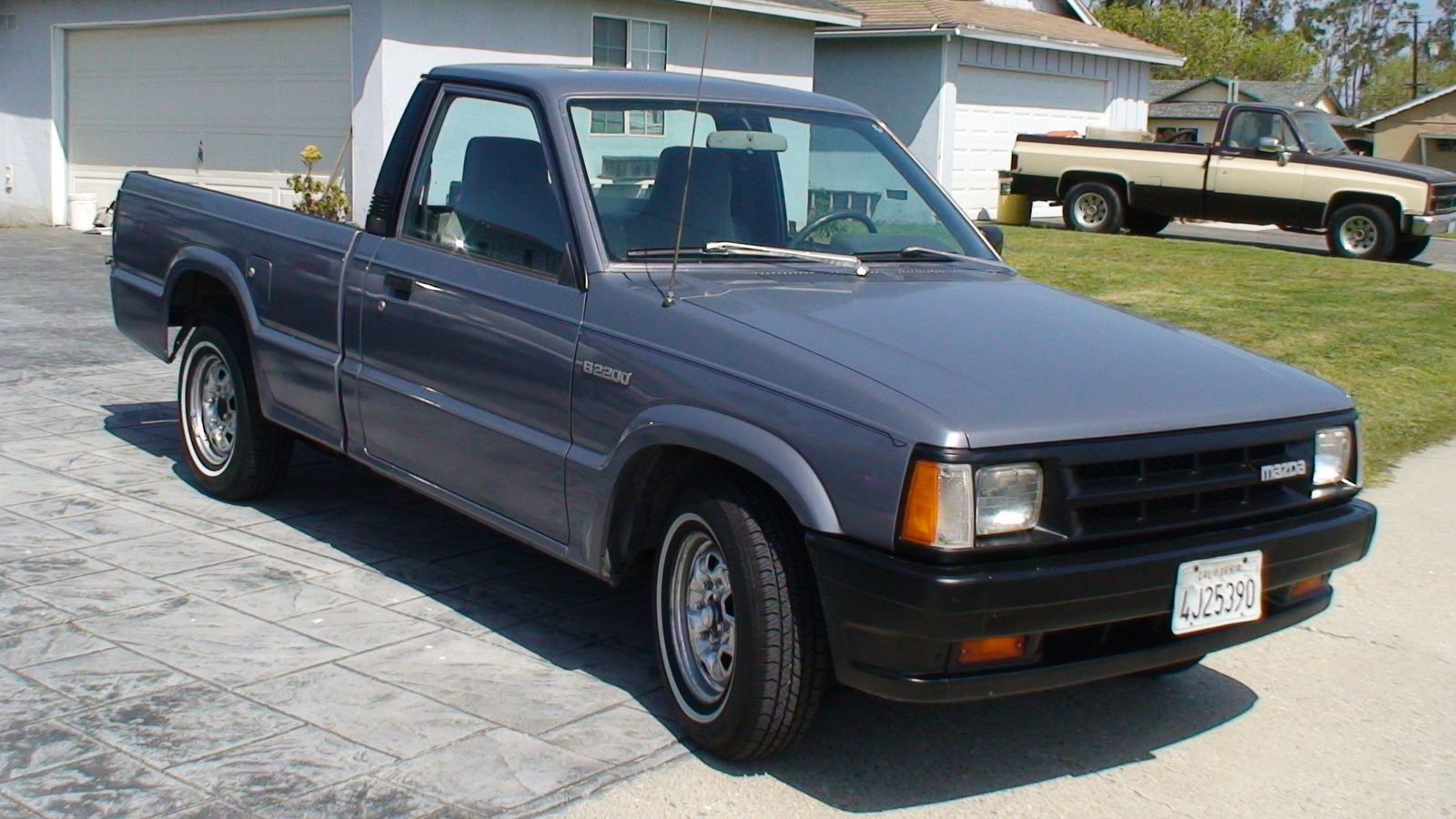 1991 mazda b series pickup 2 dr b2200 standard cab sb 1991 mazda b2200 shortbed passenger front. Black Bedroom Furniture Sets. Home Design Ideas