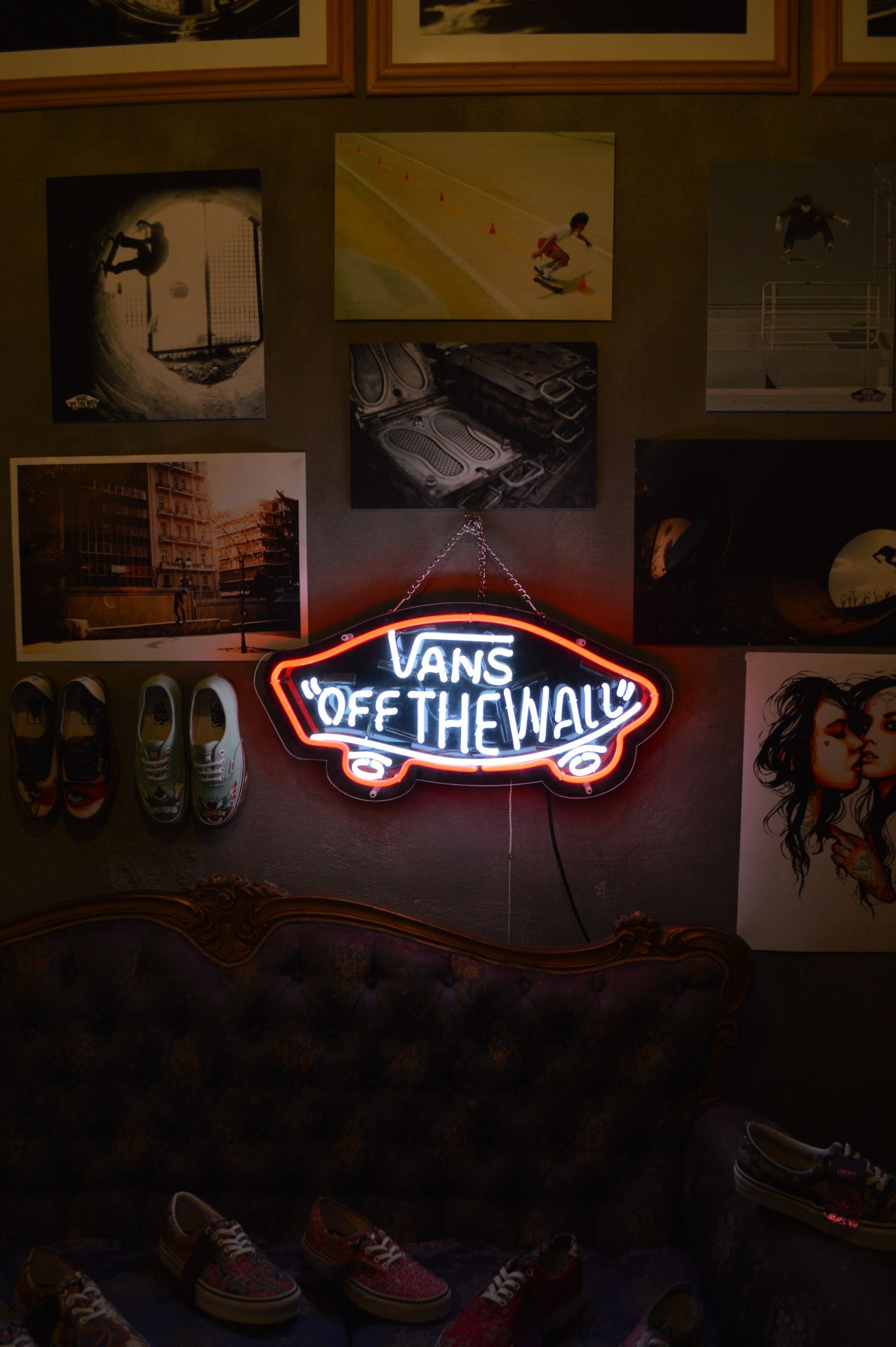 Bedroom Iphone Background Vans Shoes Vans