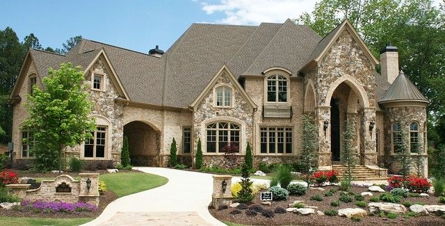 Tudor style home french country style home casas de - Casa country style ...