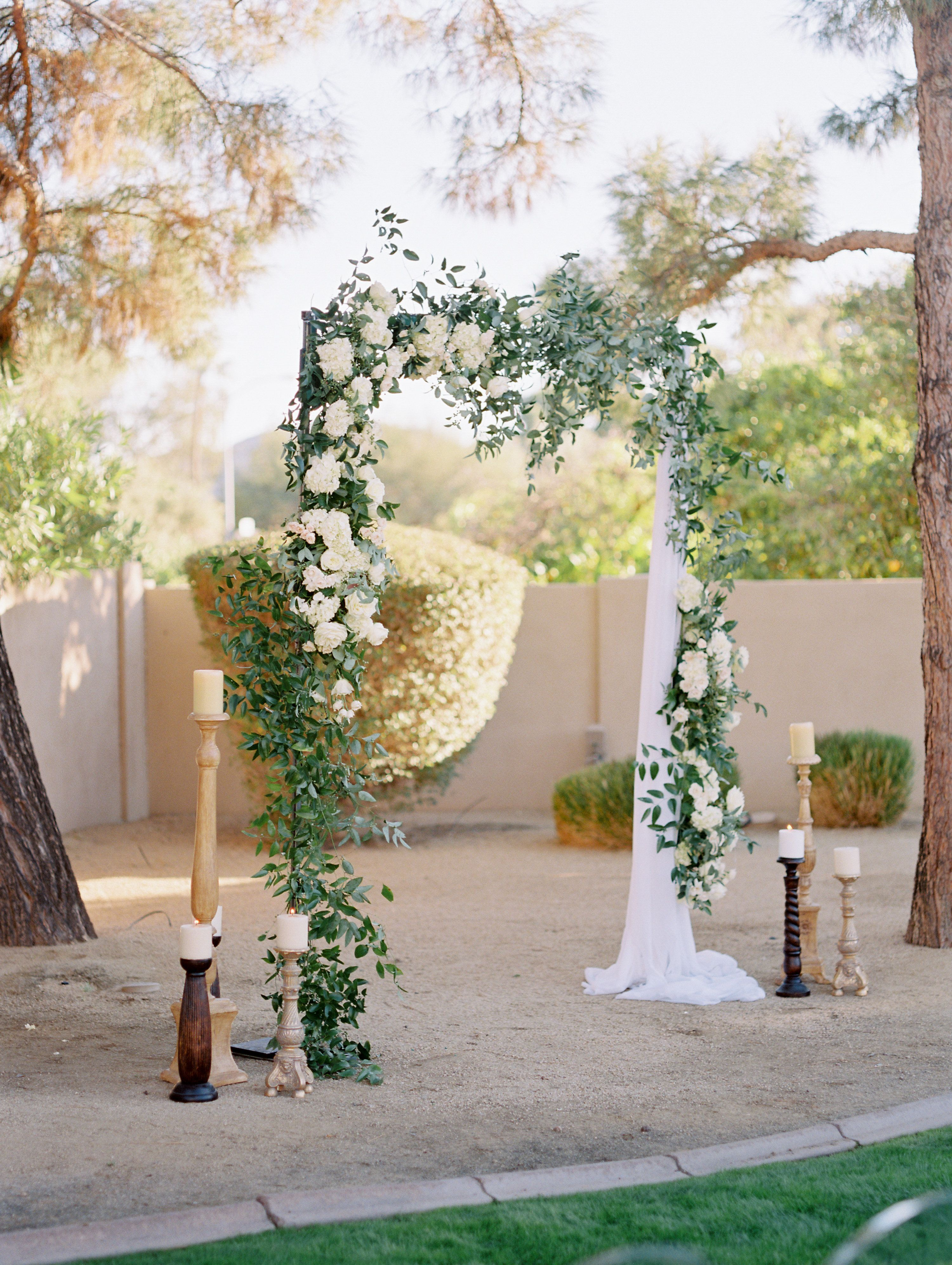 Wedding decorations dusty blue december 2018 The Most Elegant Desert Garden Wedding in Paradise Valley in