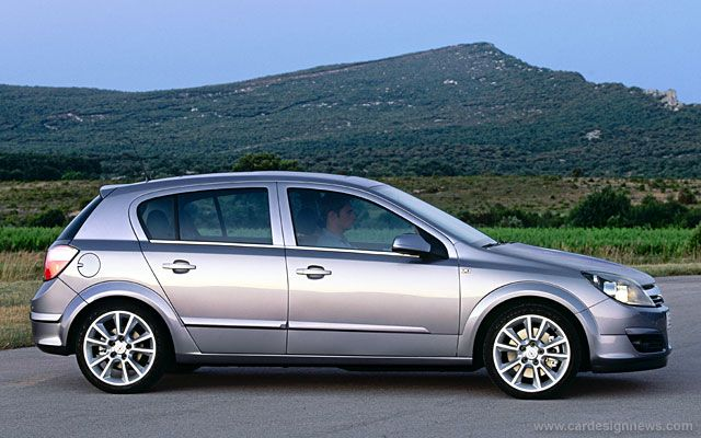 Opel Astra 14 Photos News Reviews Specs Car Listings Opel Car European Cars