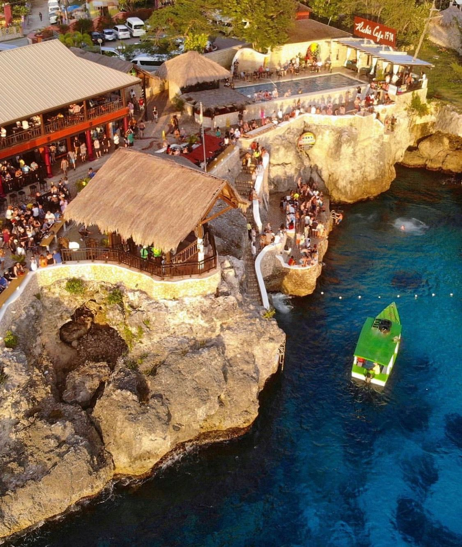 Jamaica Top 10 Must-Do List: Ricks Cafe Negril, Jamaica