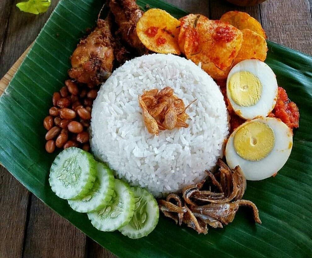 Resep Nasi Lemak Khas Melayu Spesial Komplit Resep Makanan Sehat Makanan Dan Minuman Resep Masakan Indonesia