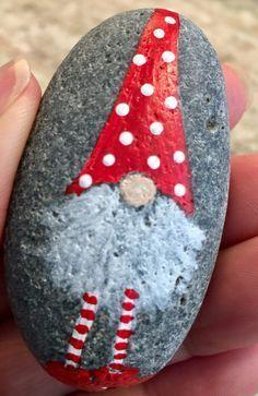 Schönste DIY Weihnachten gemalte Rocks Design (7 - #christmas #Design #DIY #gemalte #Rocks #schönste #Weihnachten #beautyeyes