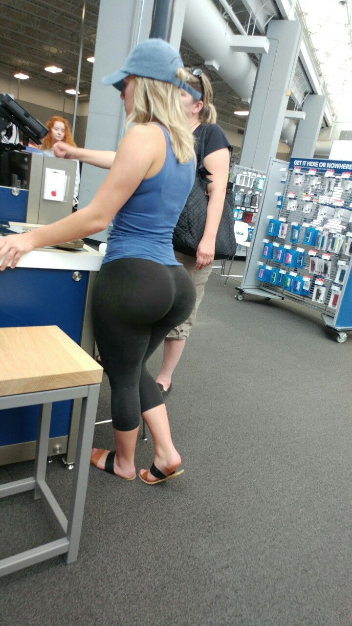 Candid Ass At The Gym
