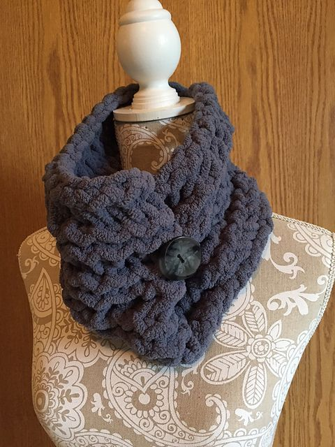 Button Cowl pattern by Dayna Scoles   Ravelry, Loom knitting and ...