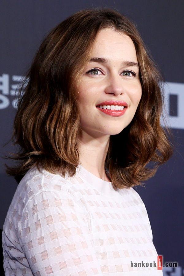 Lob Haircut Emilia Clarke Emilia Clarke Hair Hair Styles Hairstyle