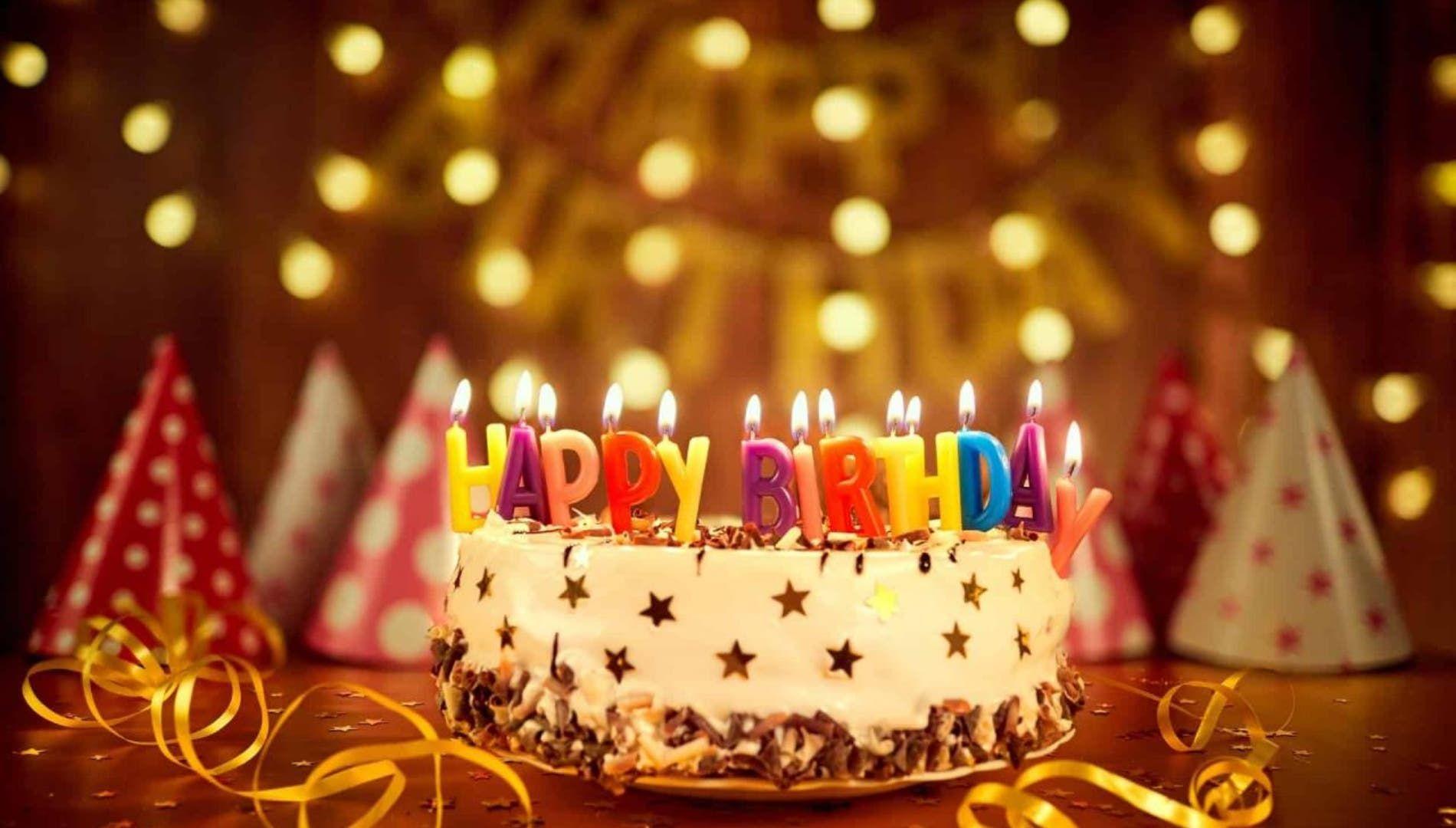أفكار للاحتفال بعيد ميلاد صديقتك Birthday Candles Birthday Candles