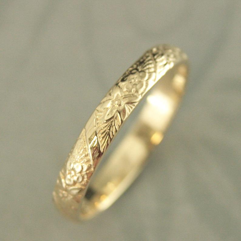 10k Gold Ring 10k Gold Band Floral Wedding Ring Flower Wedding Band Spring Flowers Embossed Ring Cast Ring Solid Gold Women S Wedding Band Gold Bands Gold Rings Embossed Rings