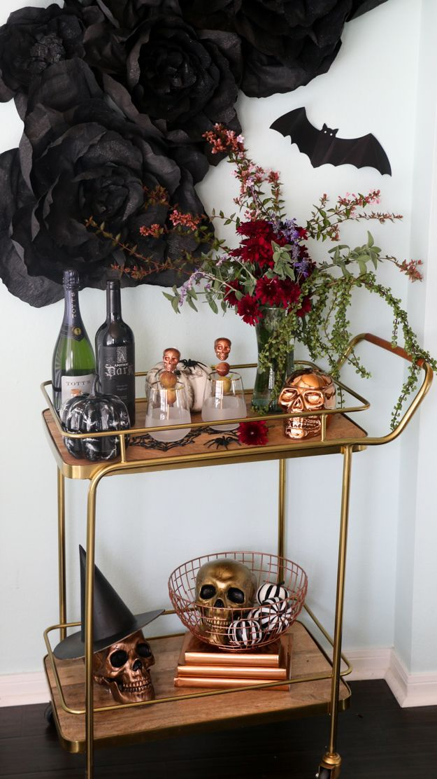 Style It - A Dark and Sophisticated Halloween Party Diy decoration - halloween table setting ideas
