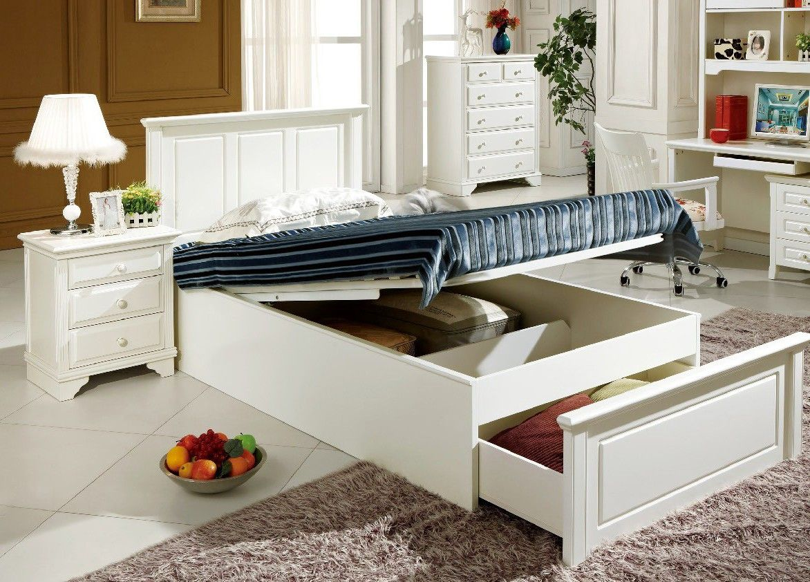Enjoy contemporary elegance with the Yanni storage bed