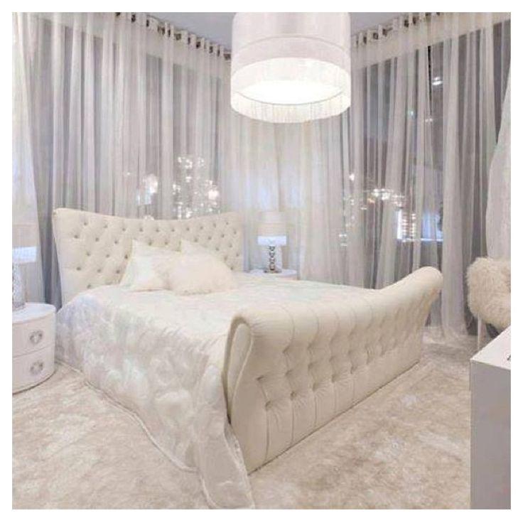d coration int rieure chambre bedroom blanc pur white lit capitonn romantique glamour. Black Bedroom Furniture Sets. Home Design Ideas