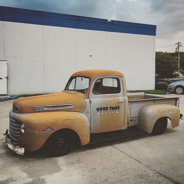 """The @goodtimesreform shop truck #ford #f1 #fordf1 #fmc #fordtruck #goodtimesrides #1950 #truckshit"""