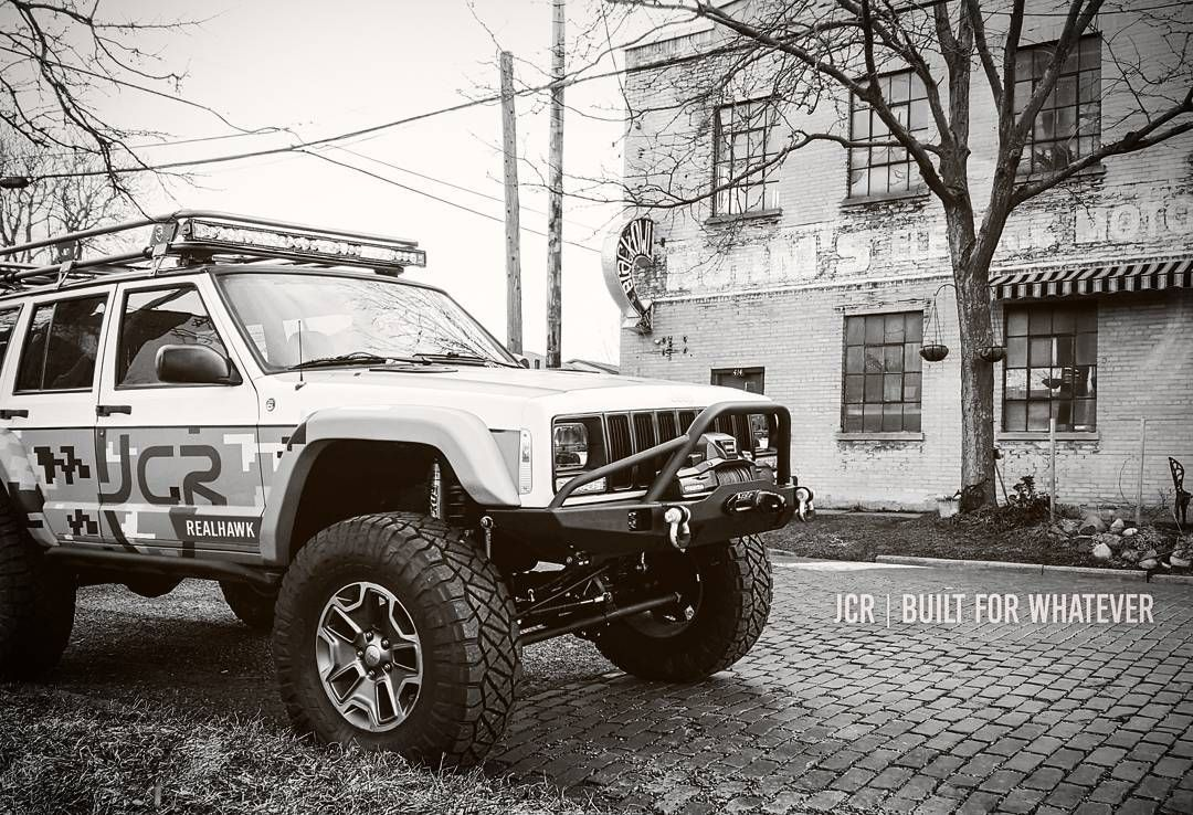 Jcr Builtforwhatever Even Coffee Shop Runs Realhawk Jeepcherokee Jeepxj Jeepbeef Jeepologyoffroad With