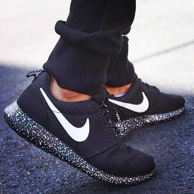Just ask  ) Nike Shoes Sneakers. femmehunting (! Femme Hunting) on Instagram fffd88e36