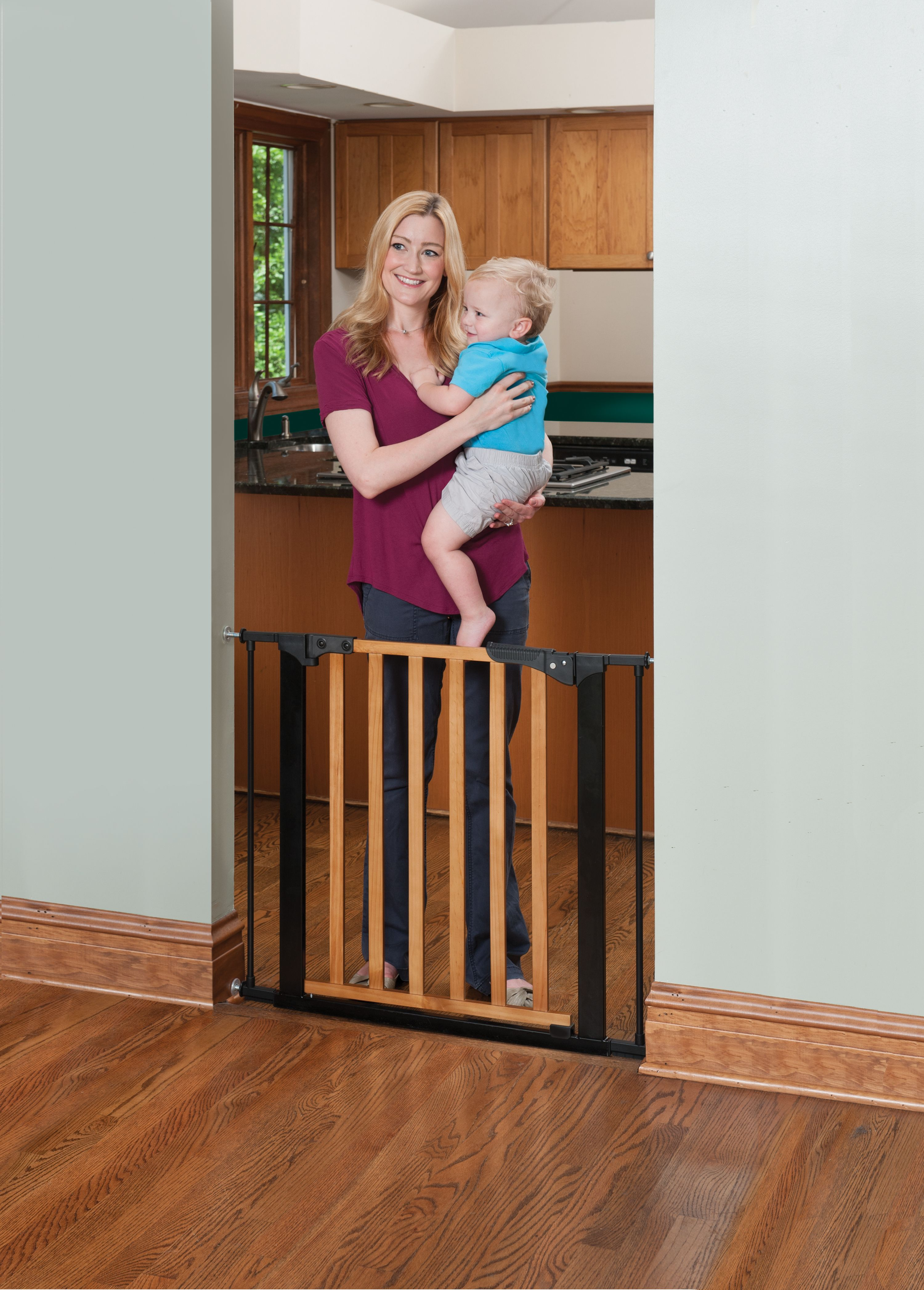 Kidco Designer Gateway Pressure Mount Gate Is Perfect For Heavily