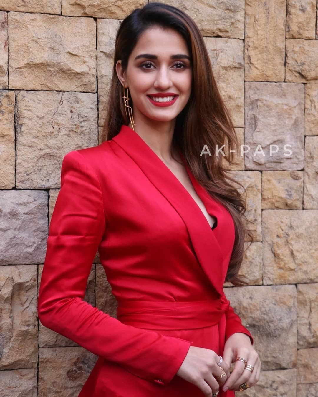 Pin By Samira On Indian Wear In 2020 With Images Indian Wear Red Leather Jacket Fashion