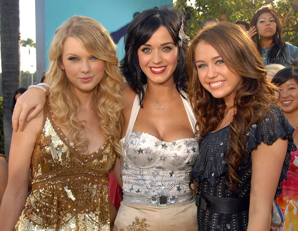 Taylor Katy And Miley Taylor Swift Celebrities Taylor Alison Swift