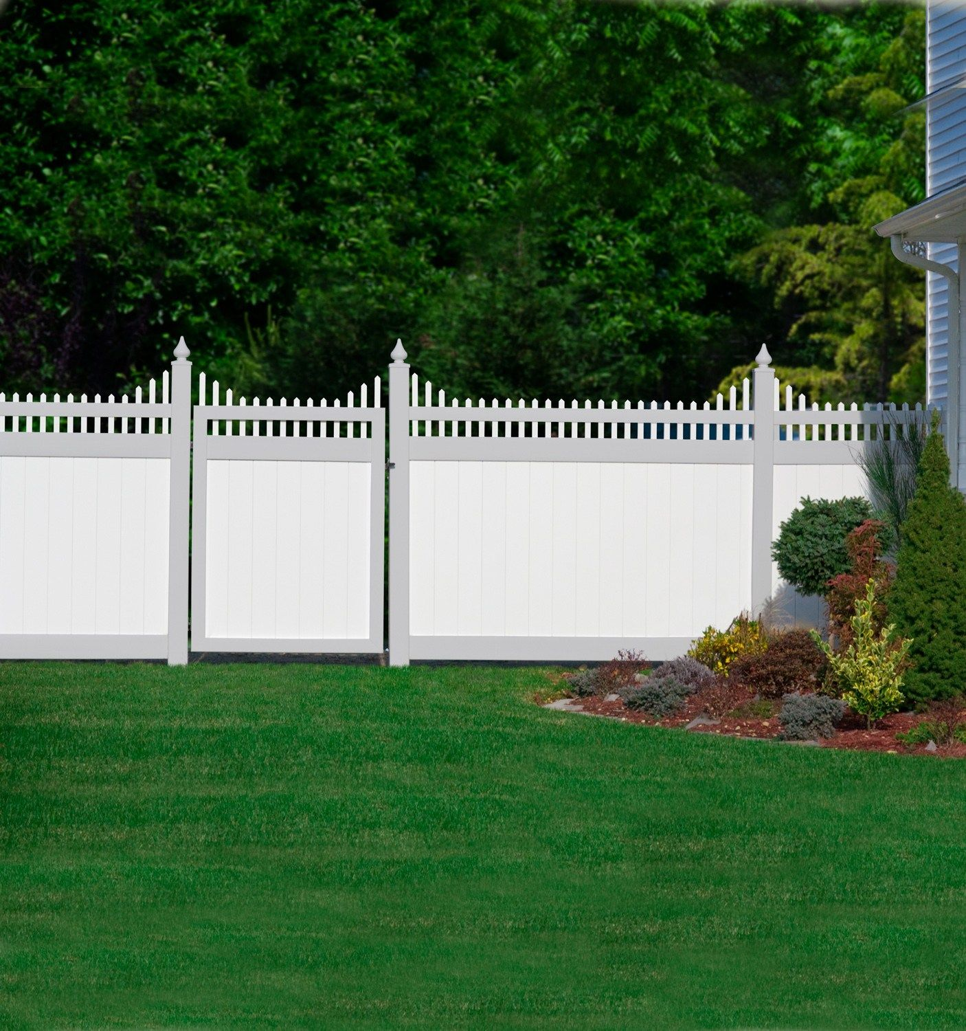 White Vinyl Privacy Fence With A Scalloped Victorian Picket Top