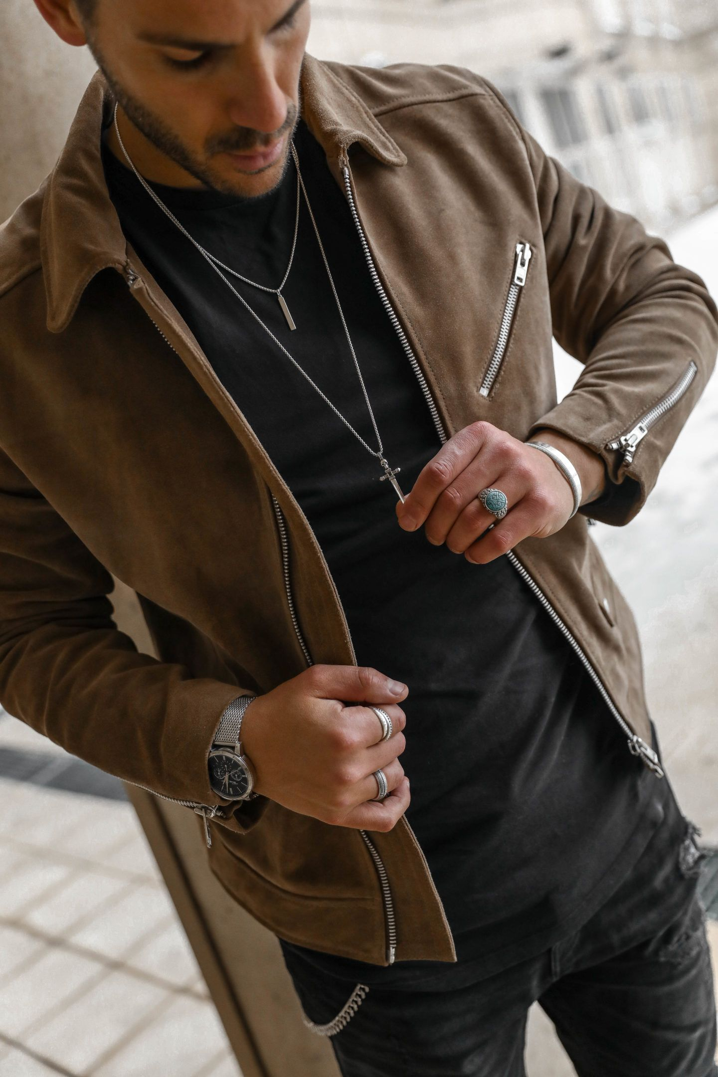 collier homme look