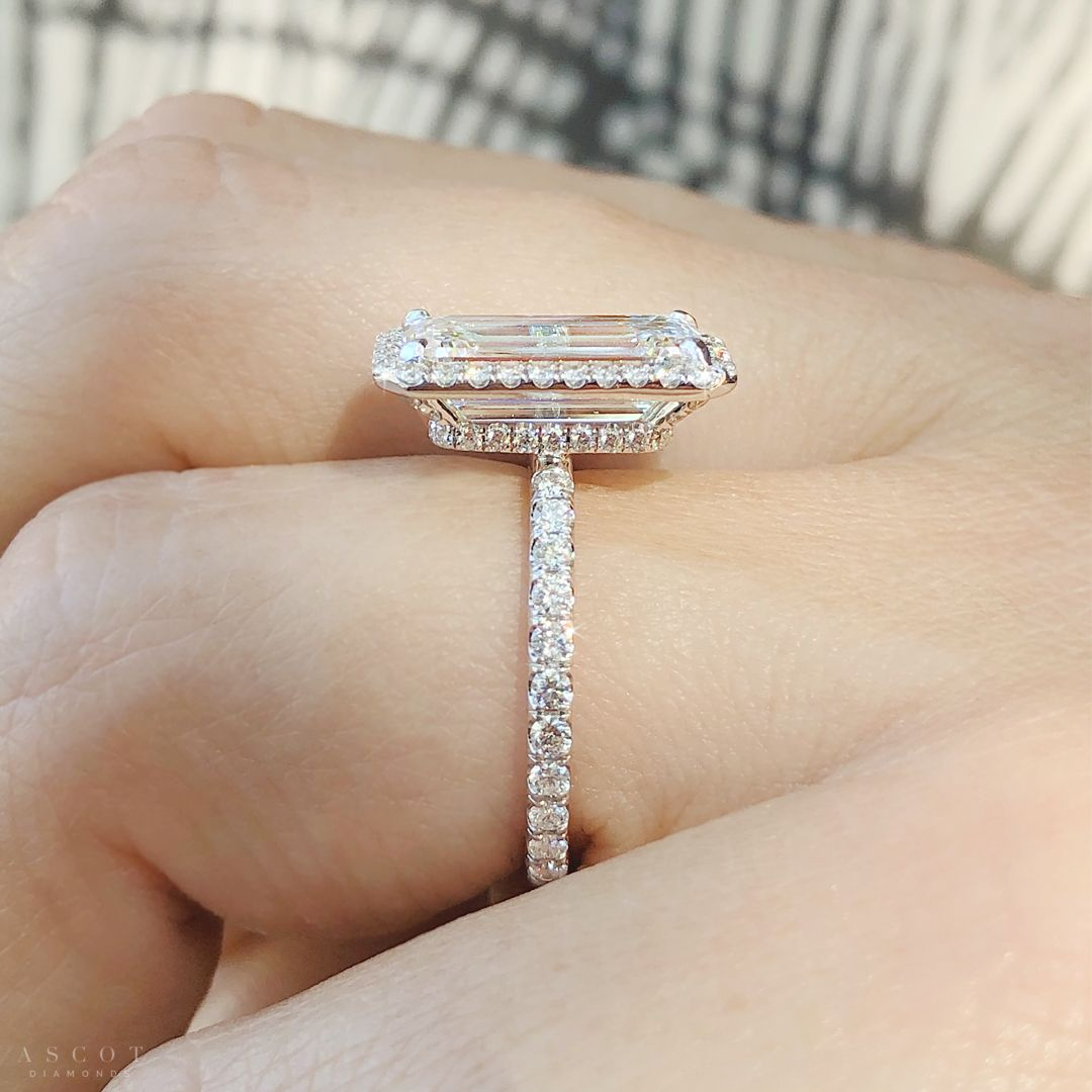 Beautiful Halo Style Engagement Ring | AscotDiamonds