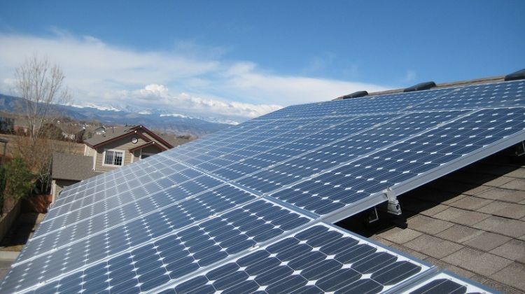 India Expected To Reach Just 12gw Of Rooftop Solar By 2022 Solar Solar Installation Solar Panel Cost