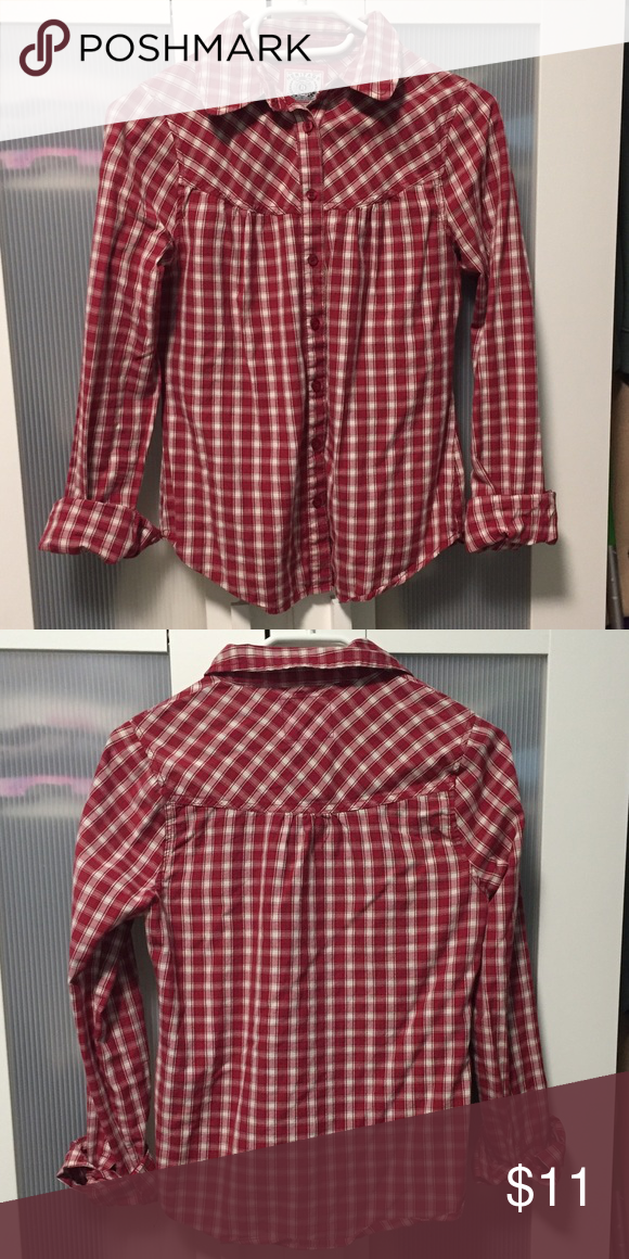Forever21 red plaid button down Mandee red plaid button down.  Worn a few times.  In good condition. Forever 21 Tops Button Down Shirts