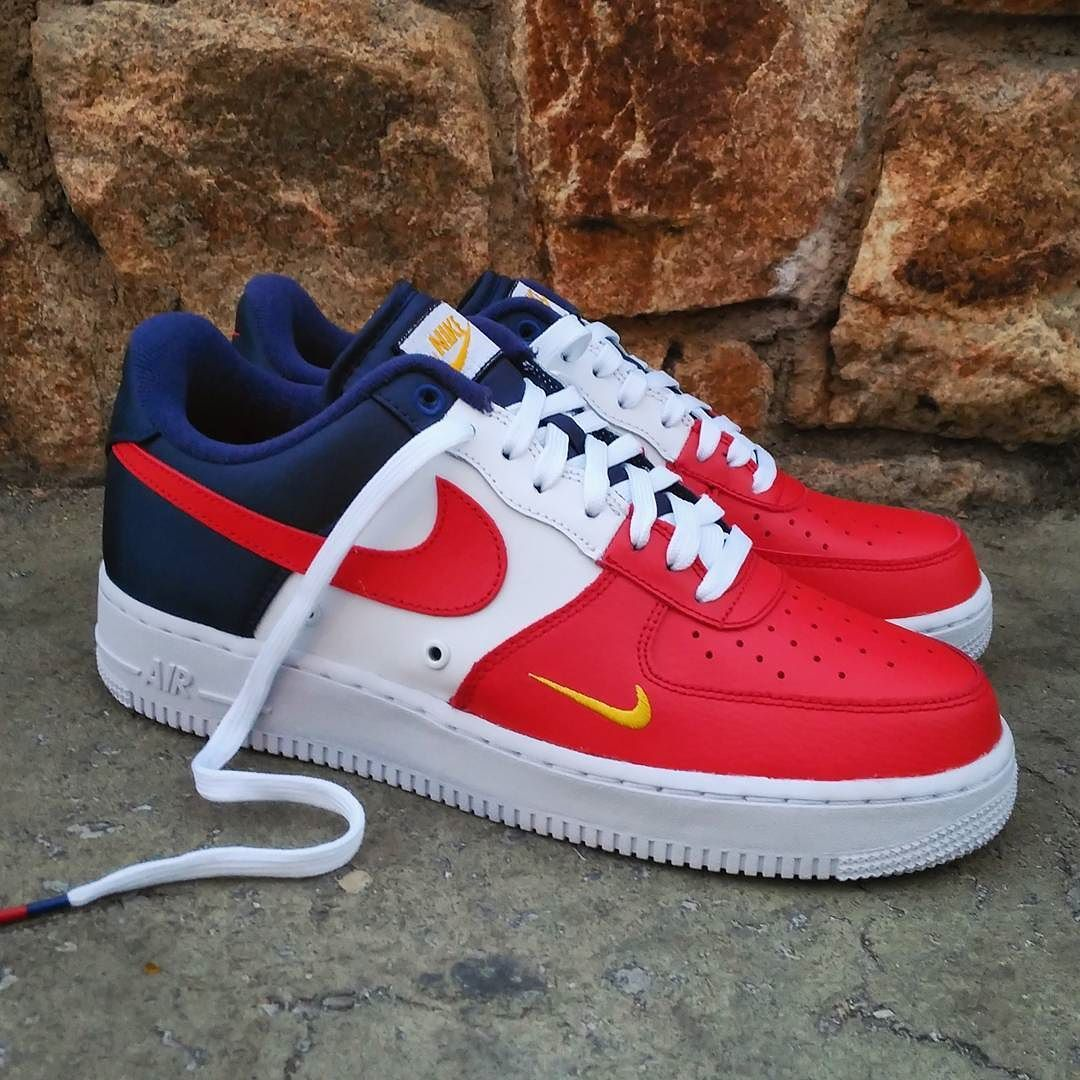 Nike Air Force 1 Low 07 LV8 Mini Swoosh