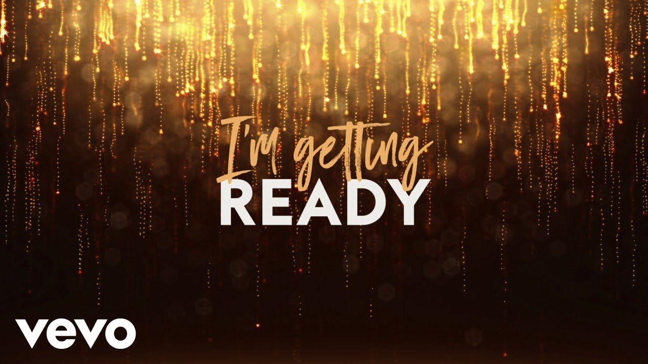 Tasha Cobbs Leonard - I'm Getting Ready (Lyric Video) ft