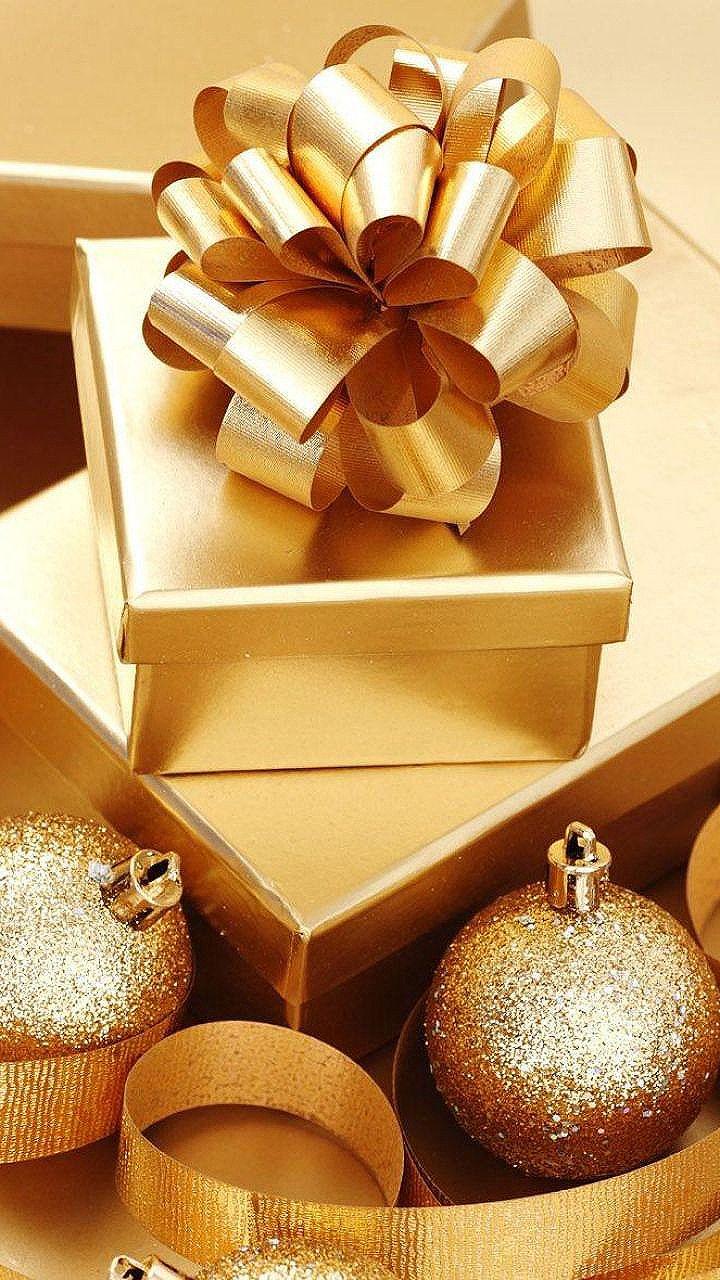 Christmas is Coming ~ Gold Christmas