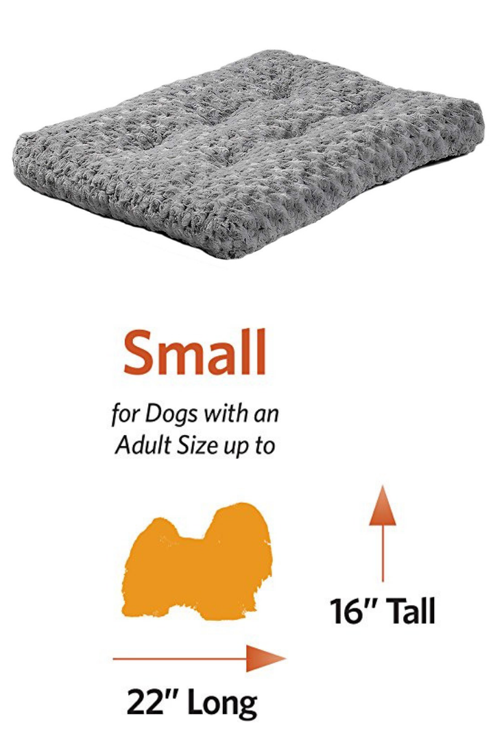 MidWest Homes for Pets Deluxe Pet Beds Super Plush Dog