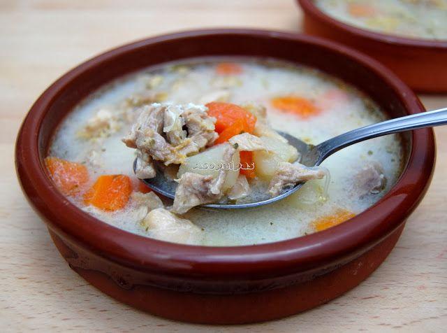 Sopa de Pollo con Verduras, Huevo y Limón. Grecia.