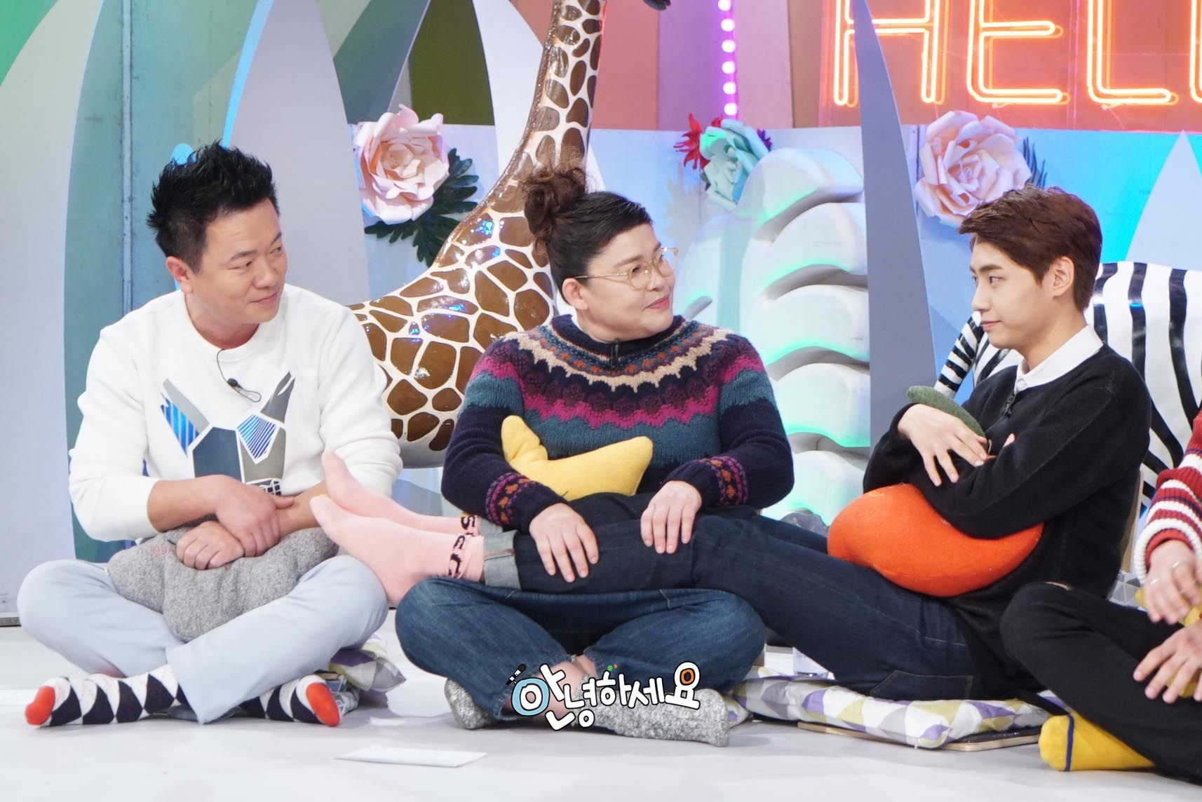 UP10TION WEI - Behind the scenes of 'Hello Counselor'  #UP10TION #업텐션    #웨이 #WEI